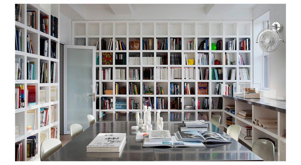 Quạt treo tường cho phòng thư viện, hiệu sách