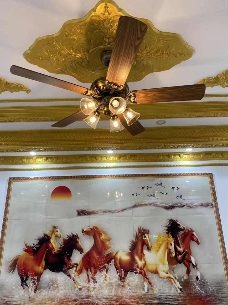 quạt trần cánh gỗ Lotus